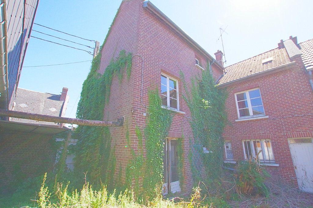 Maison à vendre 7 177.53m2 à Nesle vignette-9