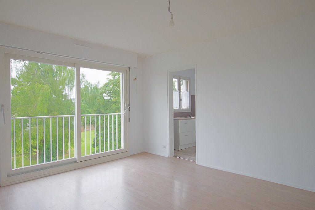 Appartement à louer 2 45.24m2 à Roye vignette-1