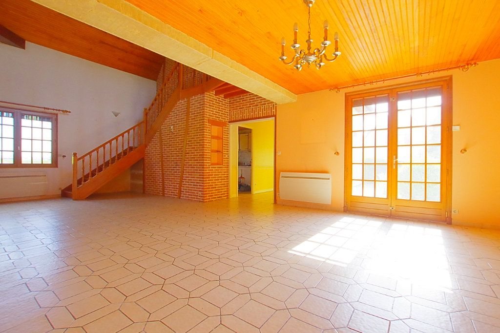 Maison à vendre 5 132.17m2 à Nesle vignette-2