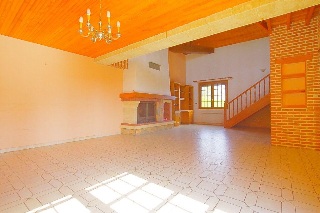 Maison à vendre 5 132.17m2 à Nesle vignette-3