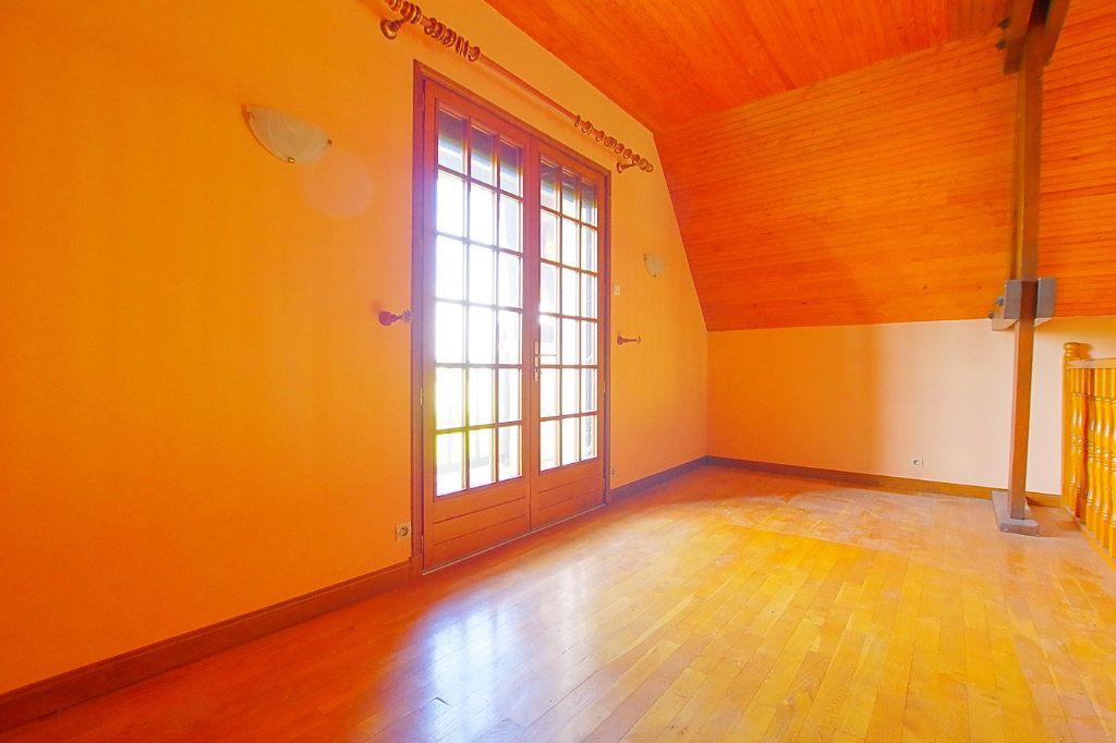 Maison à vendre 5 132.17m2 à Nesle vignette-6