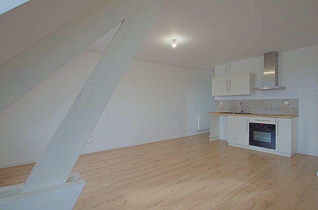 Appartement à louer 3 58m2 à Roye vignette-7