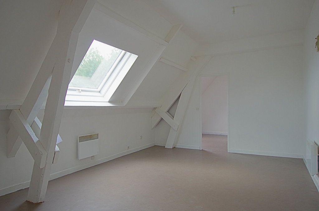 Appartement à louer 2 33.5m2 à Nesle vignette-1