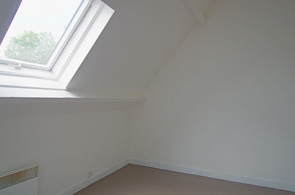 Appartement à louer 2 33.5m2 à Nesle vignette-3