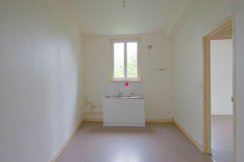 Appartement à louer 2 58m2 à Nesle vignette-3