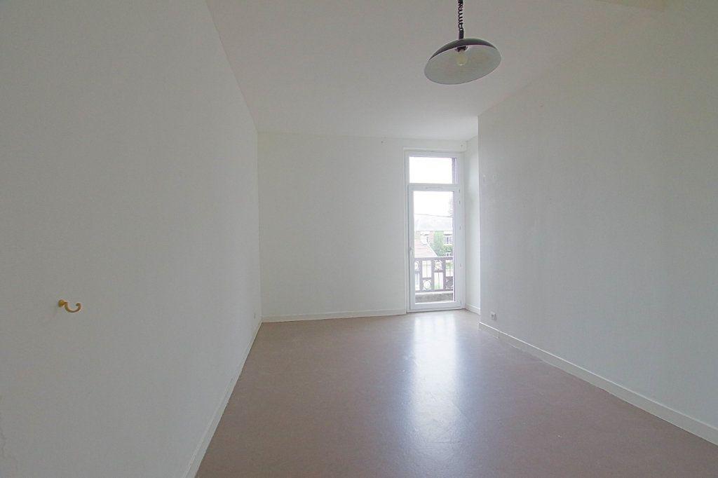 Appartement à louer 2 58m2 à Nesle vignette-5