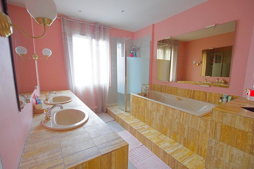 Maison à vendre 11 266.11m2 à Montdidier vignette-10