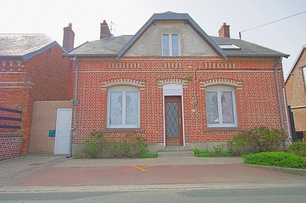 Maison à vendre 5 127.46m2 à Estrées-Deniécourt vignette-1