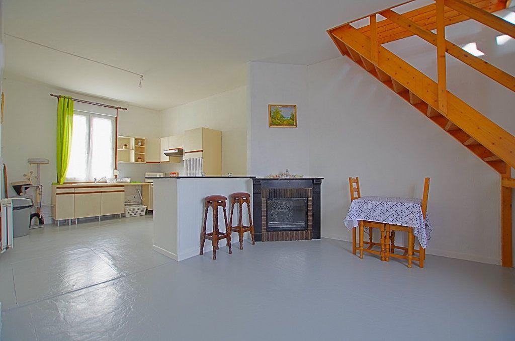 Maison à vendre 5 127.46m2 à Estrées-Deniécourt vignette-3