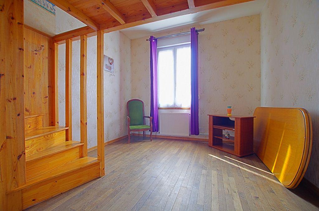 Maison à vendre 5 127.46m2 à Estrées-Deniécourt vignette-5