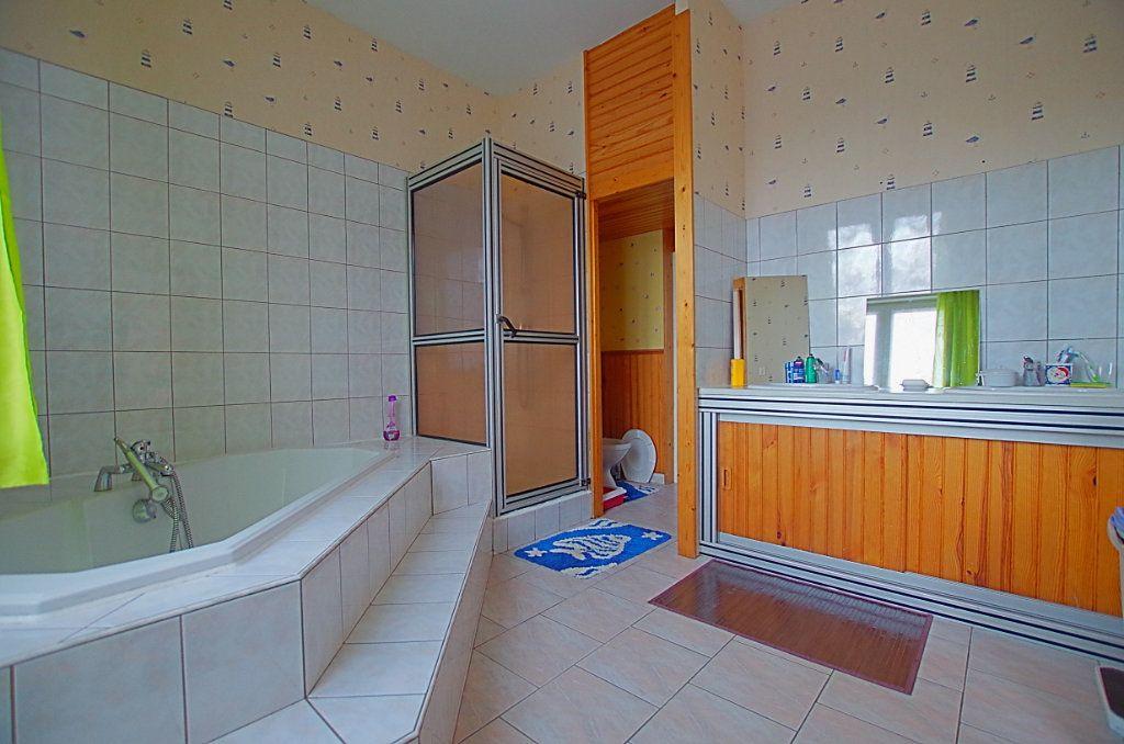 Maison à vendre 5 127.46m2 à Estrées-Deniécourt vignette-6