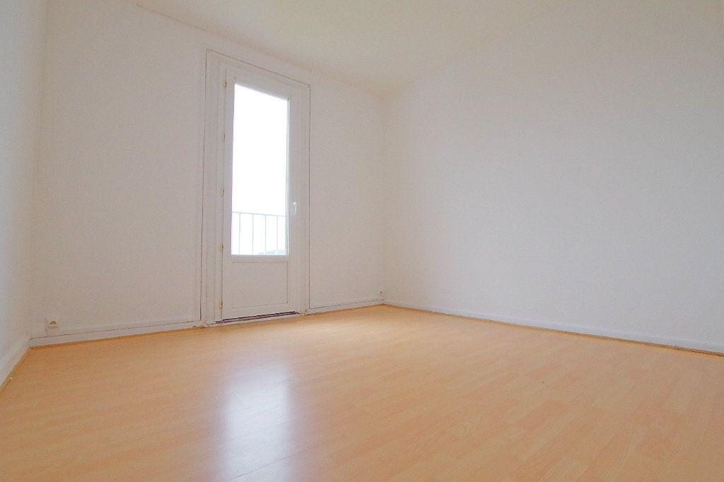 Appartement à vendre 4 66.43m2 à Noyon vignette-3