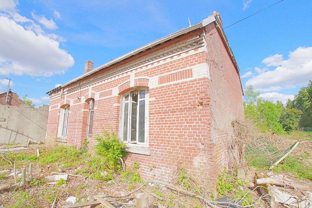 Maison à vendre 4 117.9m2 à Fresnoy-lès-Roye vignette-1