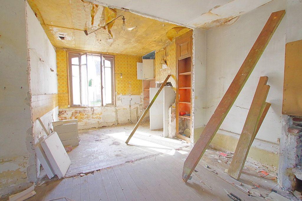 Maison à vendre 4 117.9m2 à Fresnoy-lès-Roye vignette-2
