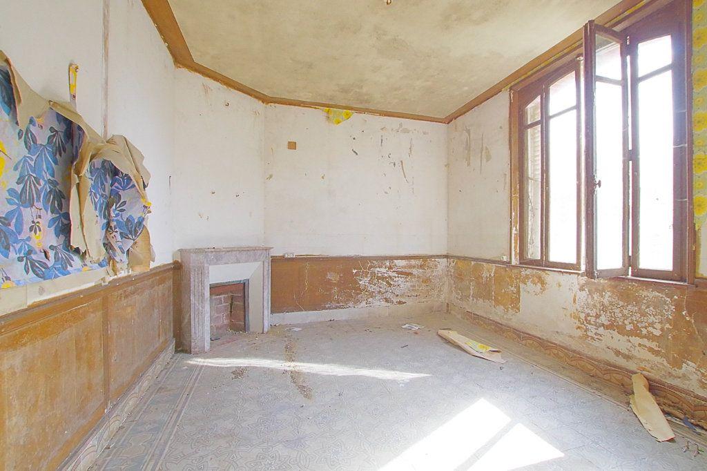 Maison à vendre 4 117.9m2 à Fresnoy-lès-Roye vignette-3