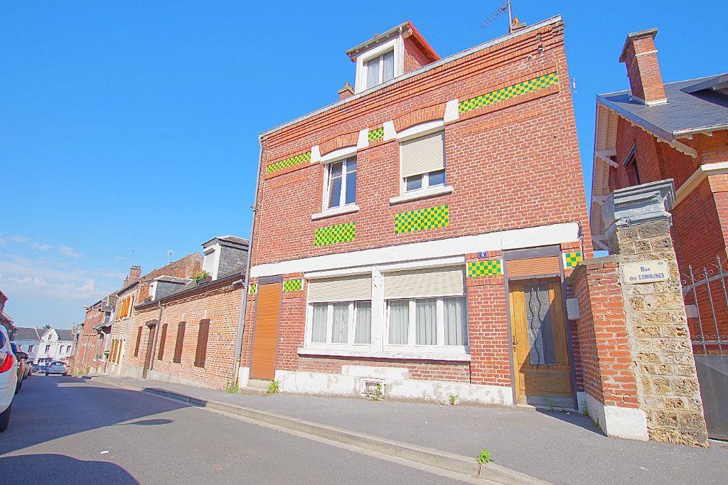 Maison à vendre 6 130m2 à Roye vignette-1