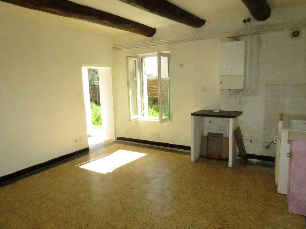 Maison à vendre 4 221.63m2 à Nîmes vignette-4