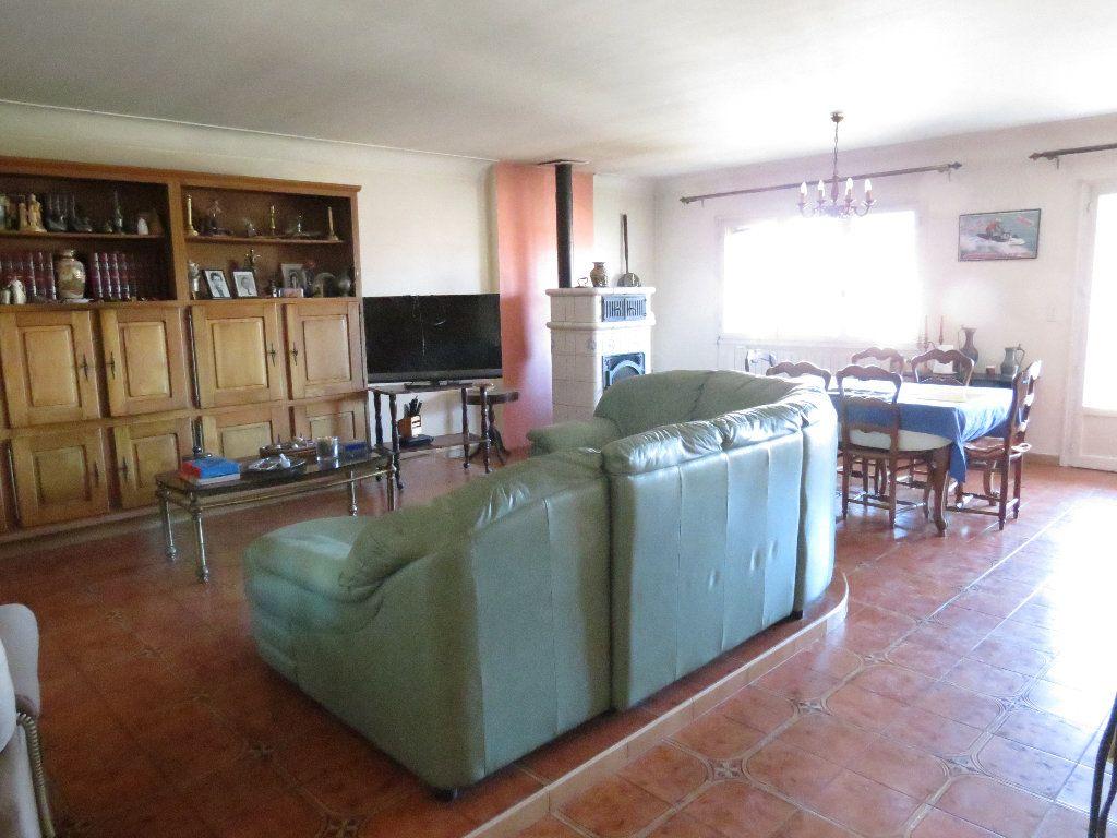 Maison à vendre 9 411.63m2 à Nîmes vignette-7