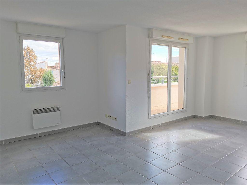 Appartement à vendre 4 90.5m2 à Marguerittes vignette-1