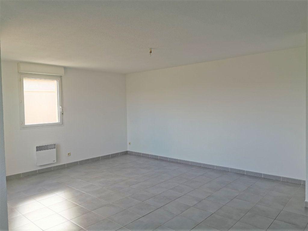 Appartement à vendre 4 90.5m2 à Marguerittes vignette-2