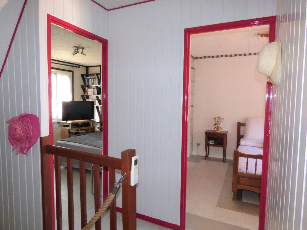 Maison à vendre 4 100m2 à Marguerittes vignette-6