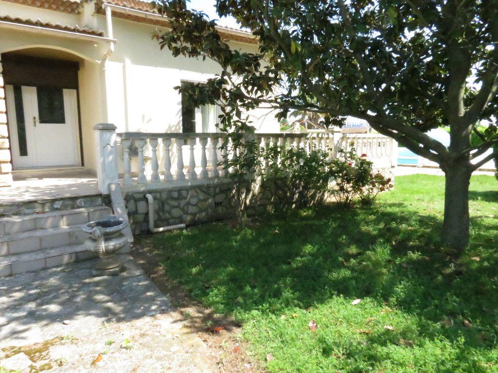 Maison à vendre 11 227m2 à Manduel vignette-1