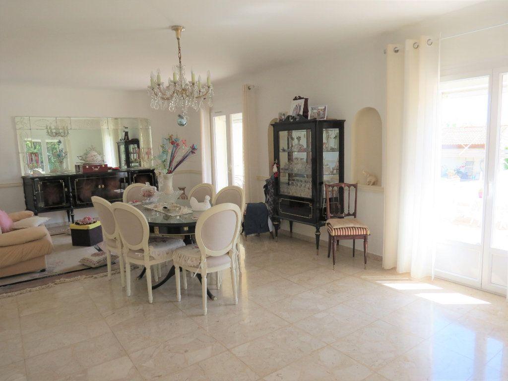 Maison à vendre 11 227m2 à Manduel vignette-3