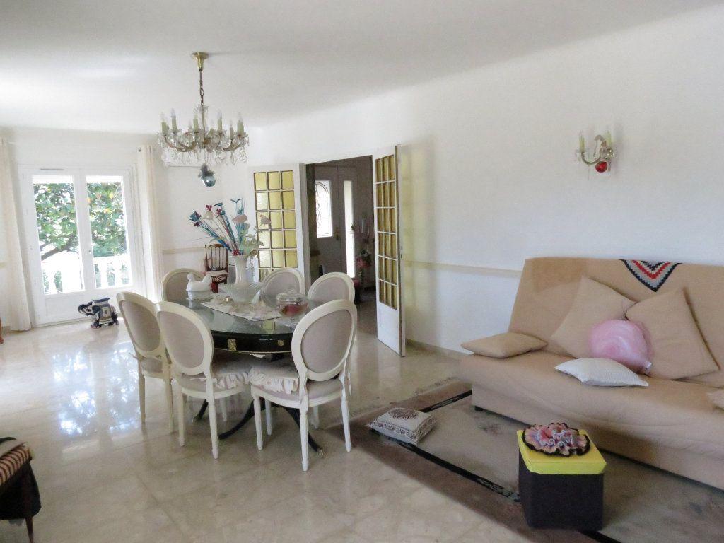 Maison à vendre 11 227m2 à Manduel vignette-4