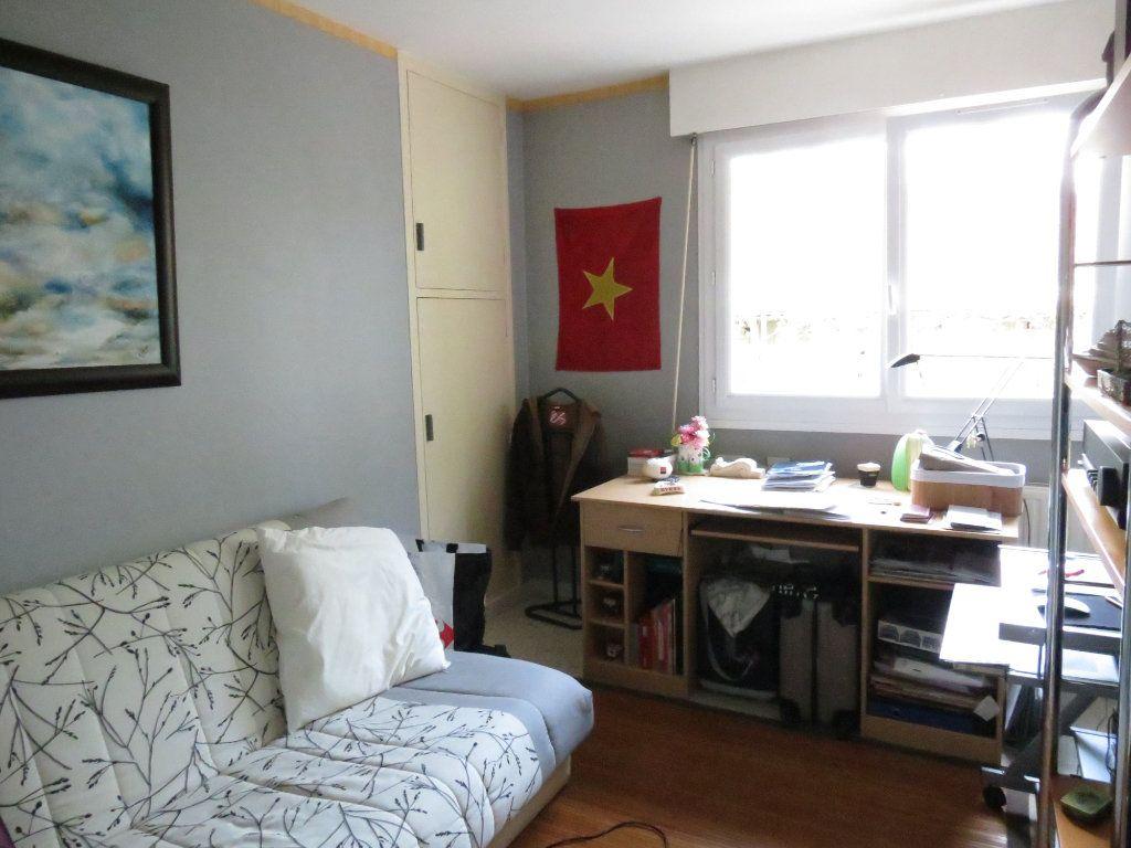 Appartement à vendre 4 75.96m2 à Nîmes vignette-2