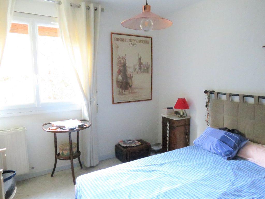 Appartement à vendre 4 75.96m2 à Nîmes vignette-3