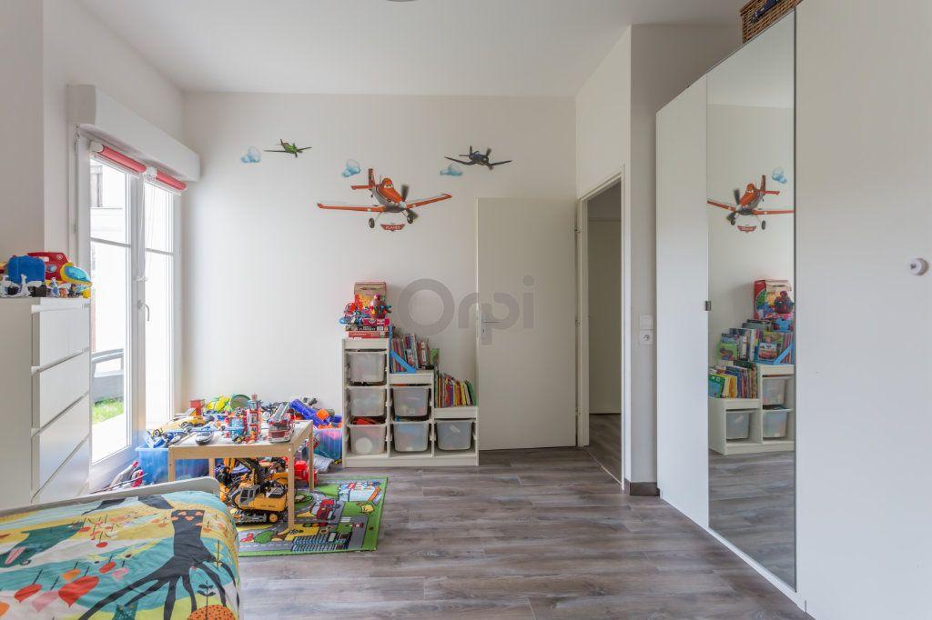 Appartement à vendre 3 64.72m2 à Crosne vignette-5