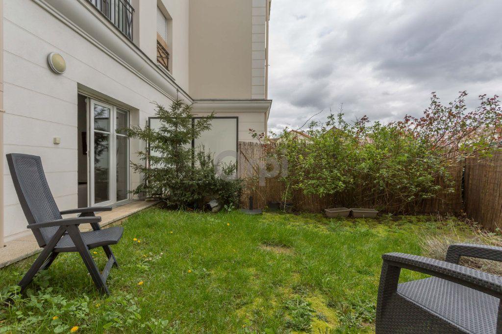 Appartement à vendre 3 64.72m2 à Crosne vignette-8