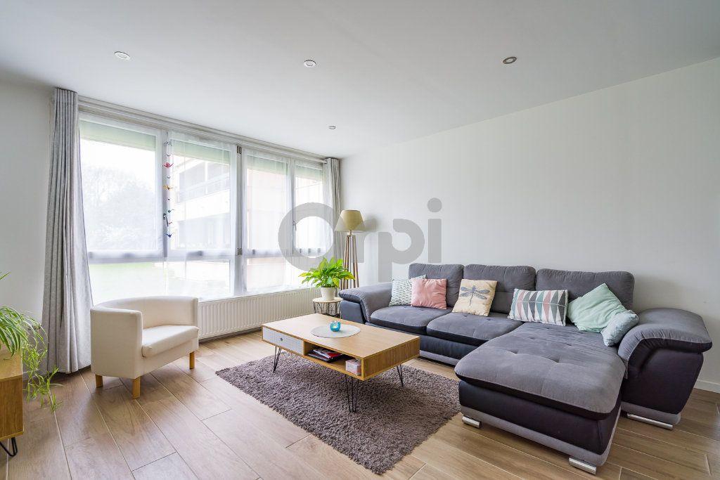 Appartement à vendre 4 75.24m2 à Crosne vignette-5