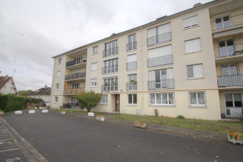 Appartement à vendre 3 68.7m2 à Olivet vignette-1