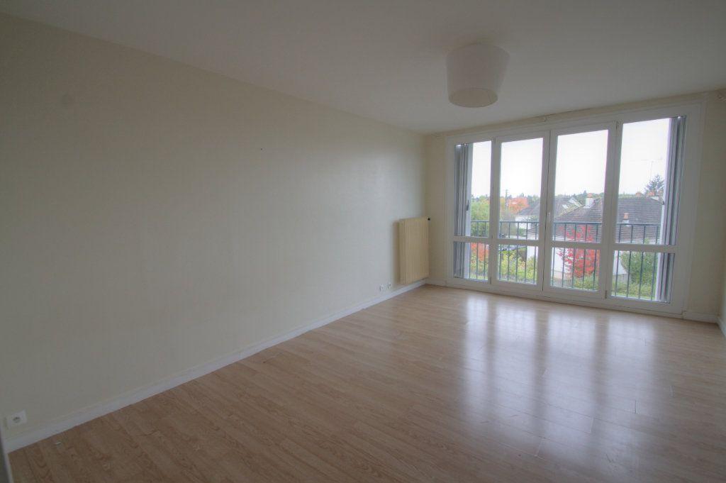 Appartement à vendre 3 68.7m2 à Olivet vignette-2