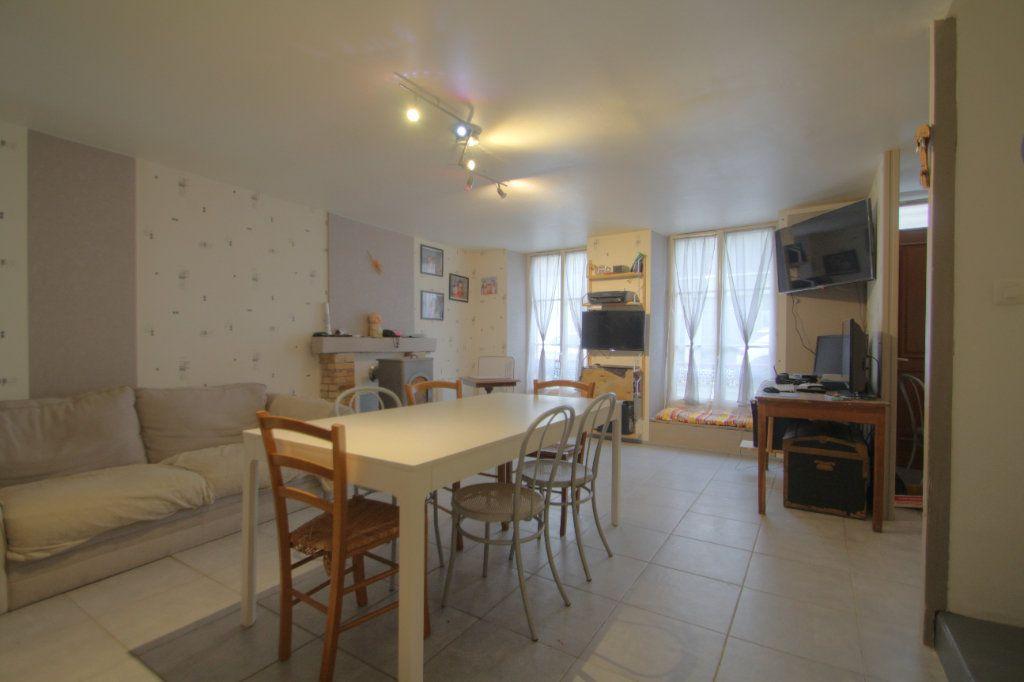 Maison à vendre 5 106m2 à Toury vignette-2