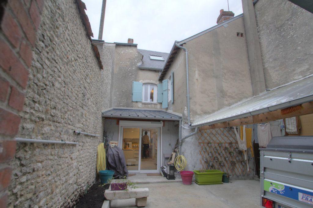 Maison à vendre 5 106m2 à Toury vignette-11