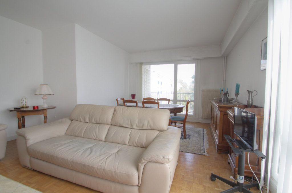 Appartement à vendre 5 98.02m2 à Olivet vignette-2