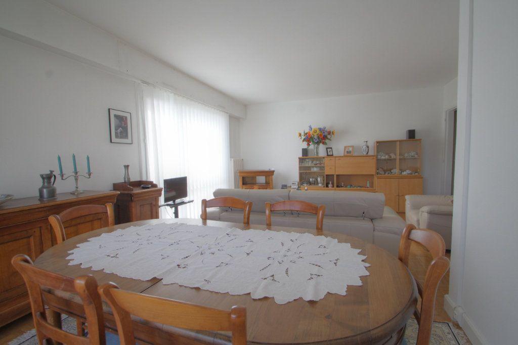 Appartement à vendre 5 98.02m2 à Olivet vignette-5