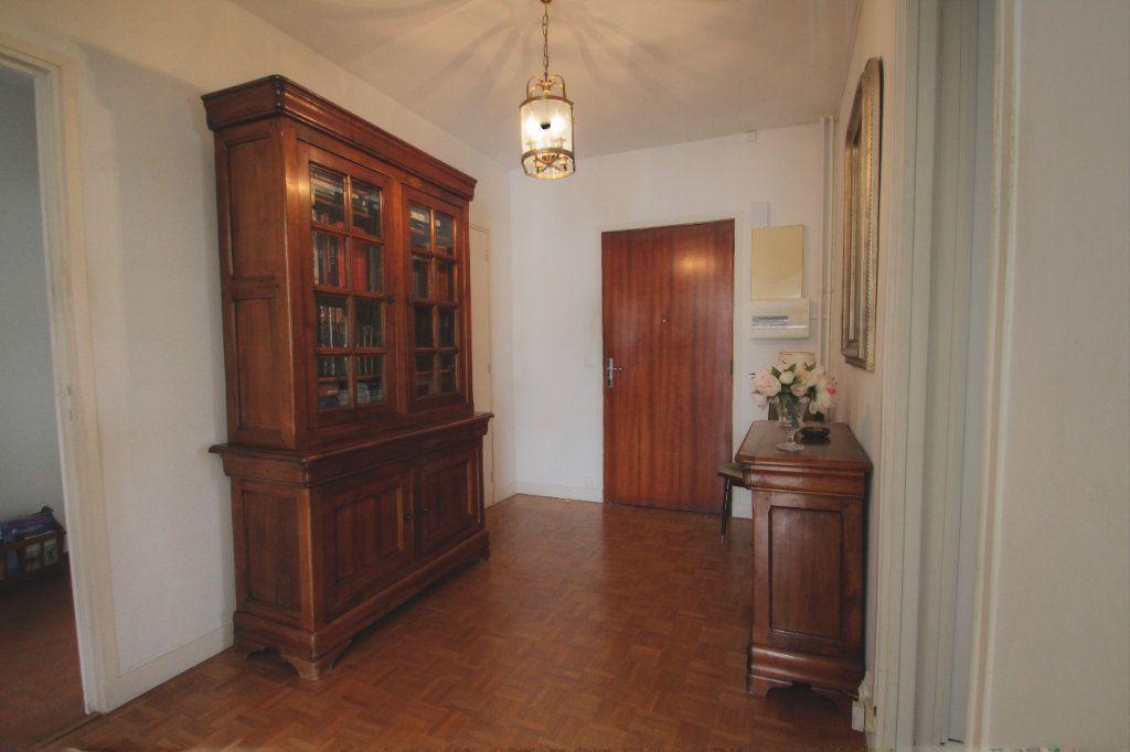 Appartement à vendre 5 98.02m2 à Olivet vignette-9
