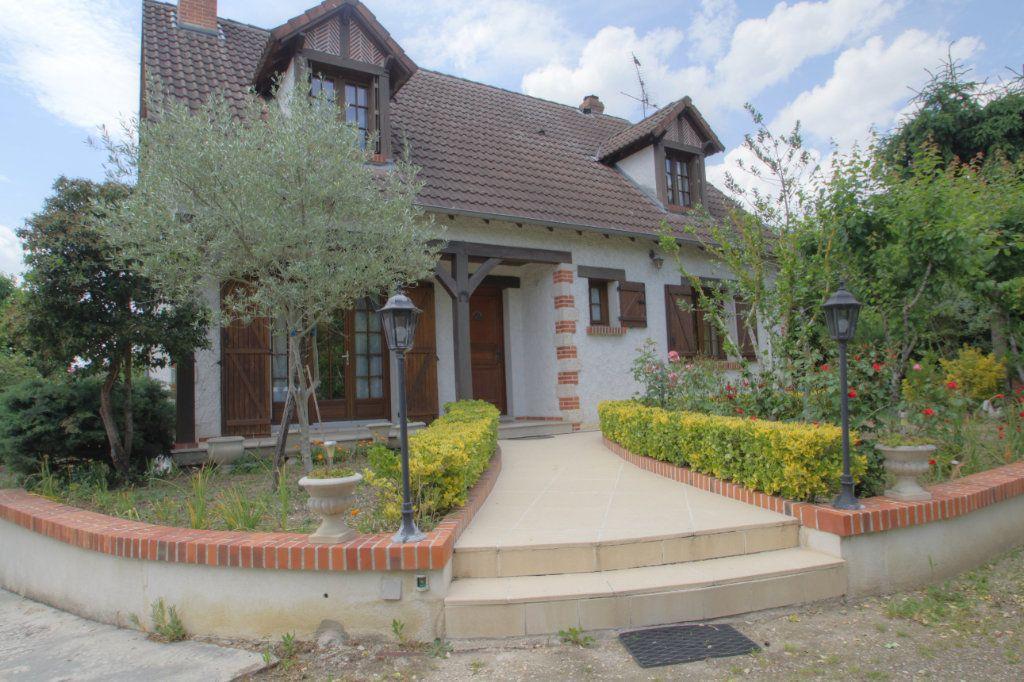 Maison à vendre 6 133m2 à Orléans vignette-1
