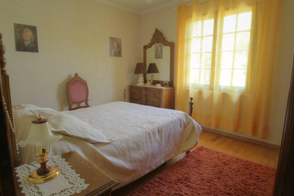 Maison à vendre 6 133m2 à Orléans vignette-5