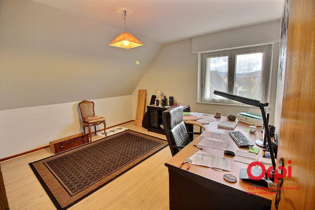Maison à louer 6 140m2 à Houssen vignette-6