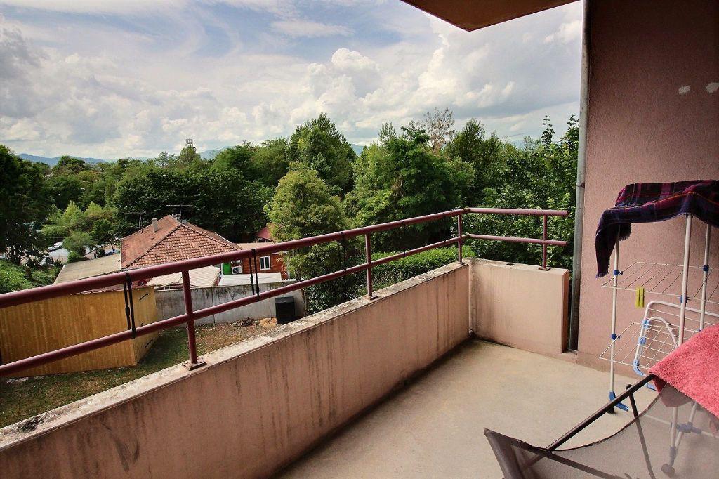 Appartement à louer 2 42m2 à Colmar vignette-1