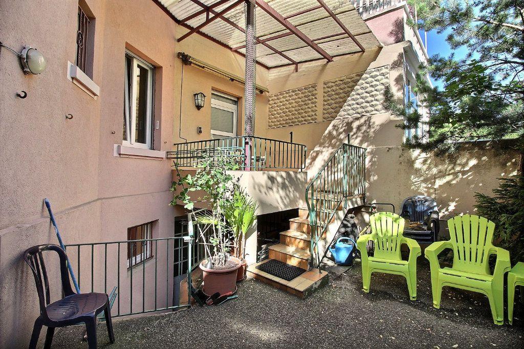 Appartement à louer 1 50m2 à Colmar vignette-1