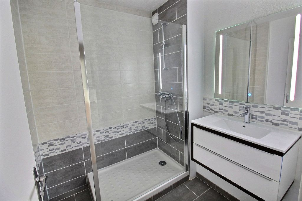 Appartement à louer 2 58.97m2 à Colmar vignette-4