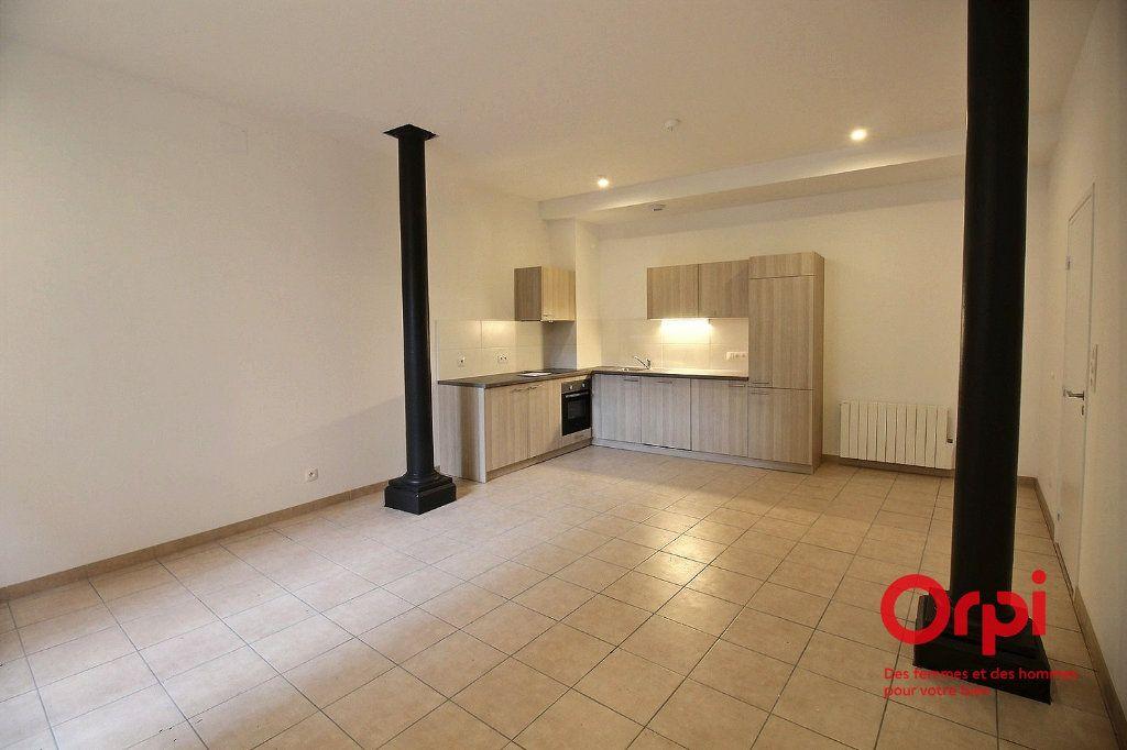 Appartement à louer 2 48.9m2 à Colmar vignette-1