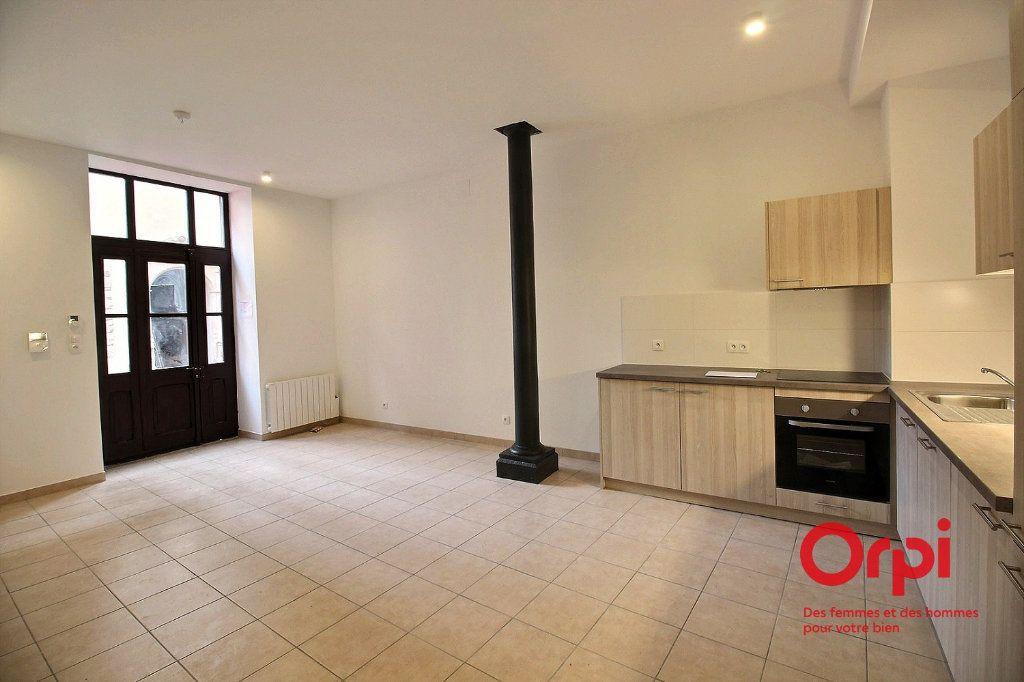 Appartement à louer 2 48.9m2 à Colmar vignette-2