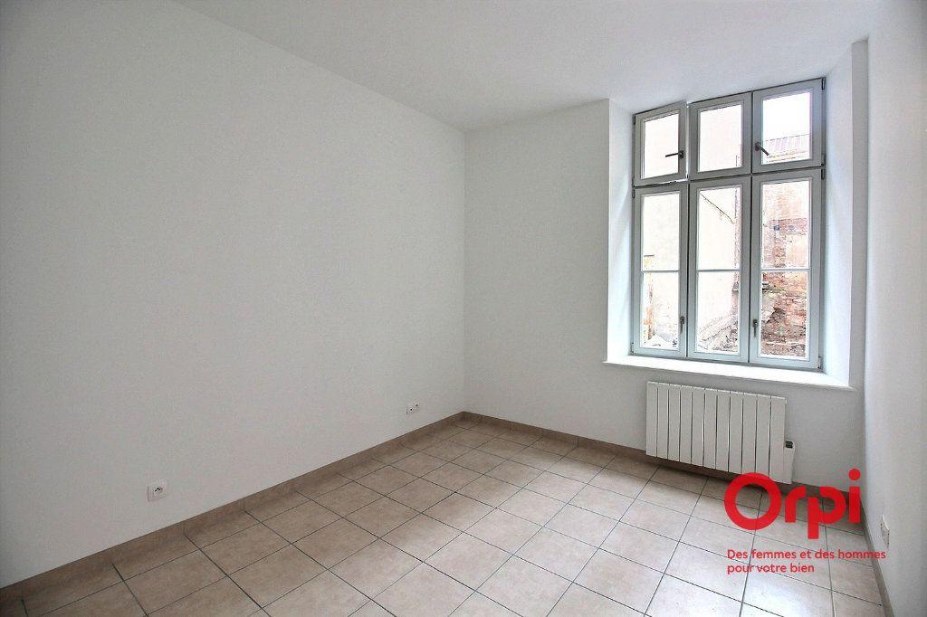 Appartement à louer 2 48.9m2 à Colmar vignette-3