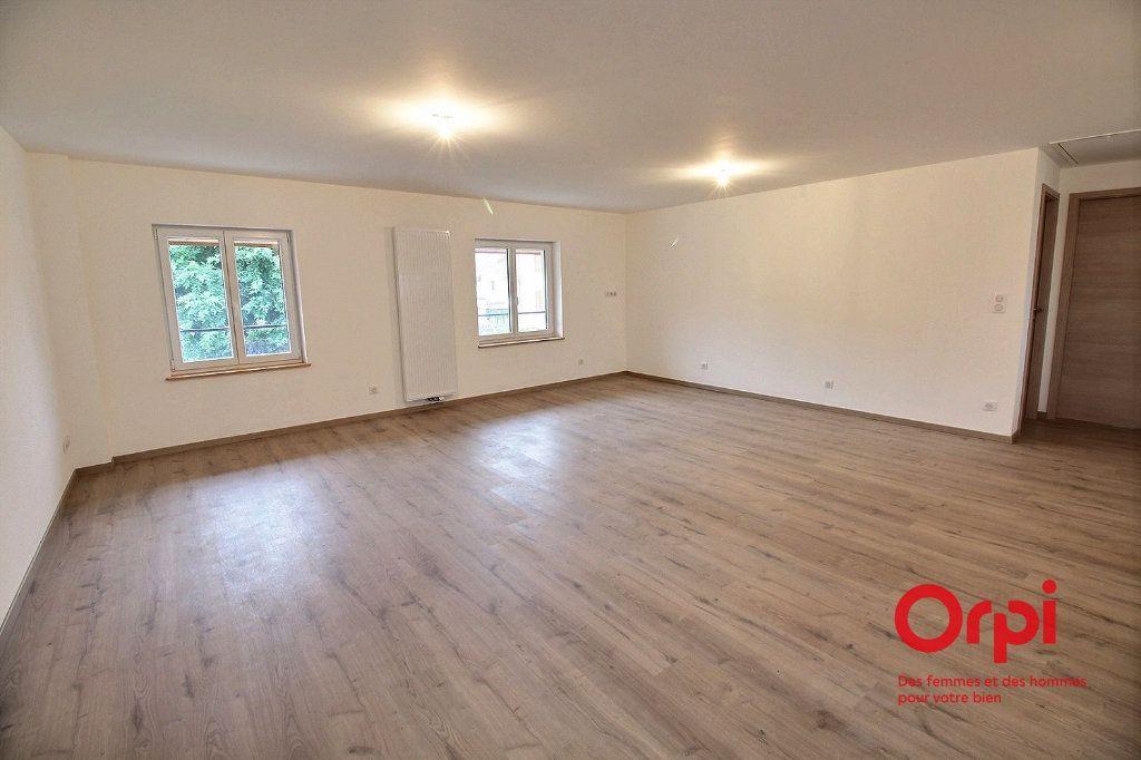 Appartement à louer 2 64m2 à Niederhergheim vignette-1